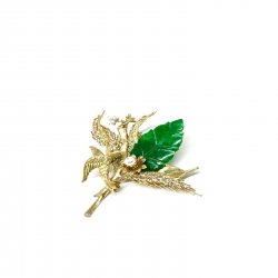 It's all about the original Design !  🍃 Leaf jade brooch 🍃 #epajewel #jade #freehandart  #wearableart